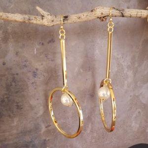 Vince Camuto Linear Hoop Pearl Drop Earrings NWT